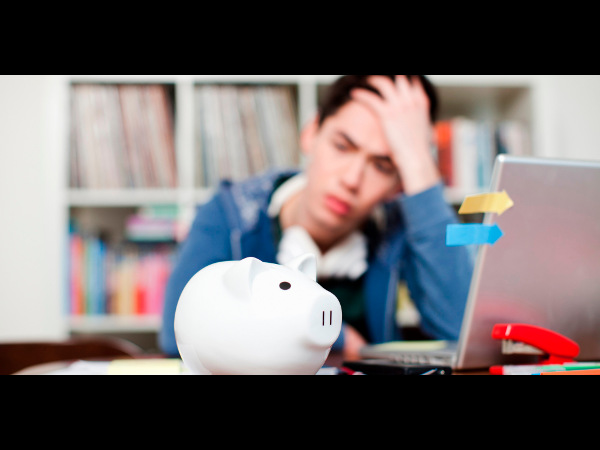 Tips To Save Money While Studying Abroad