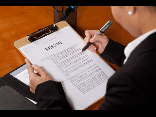 Know the difference between Resume and Curriculum Vitae (CV)