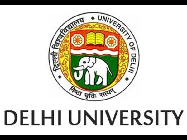 Four held for DU admission scam