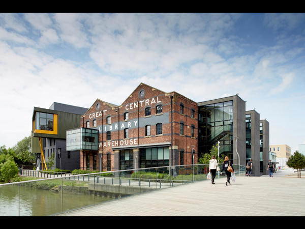 Univeristy of Lincoln UK offers Scholarships