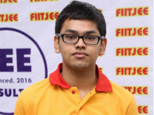 FIITJEE Delhi student Animesh Bohara grab the Show