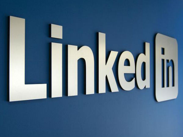 How to use LinkedIn as a Networking Tool?