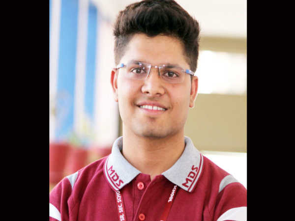 Kalpit Veerval tops with 100% in JEE Main exam