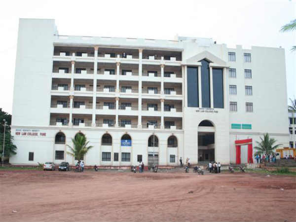 6. Bharati Vidyapeeth New Law College
