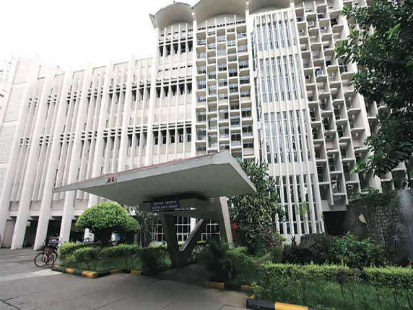 IIT Bombay Offers Short Term Course on Aircraft