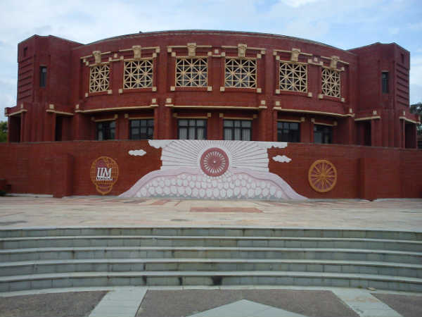 Apply for Consultant Job at IIM Lucknow