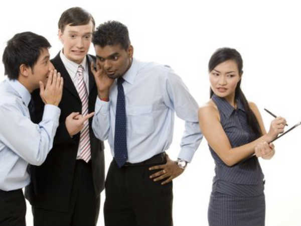 7 Tips To Stay Out of Office Politics