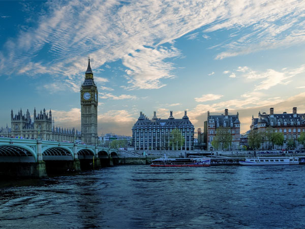 Government Scholarships To Study In UK