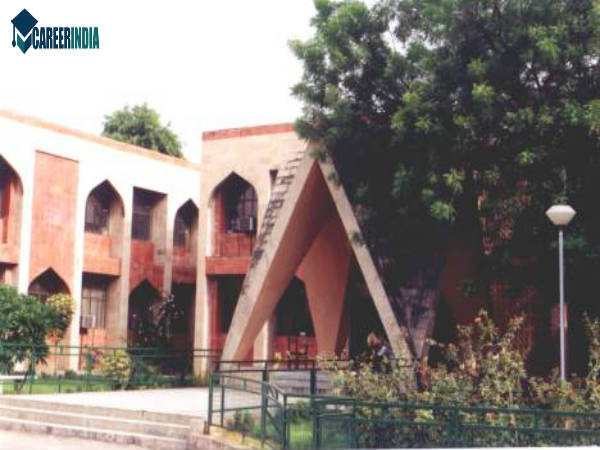 3. Faculty Of Education, Jamia Millia Islamia University, South Delhi