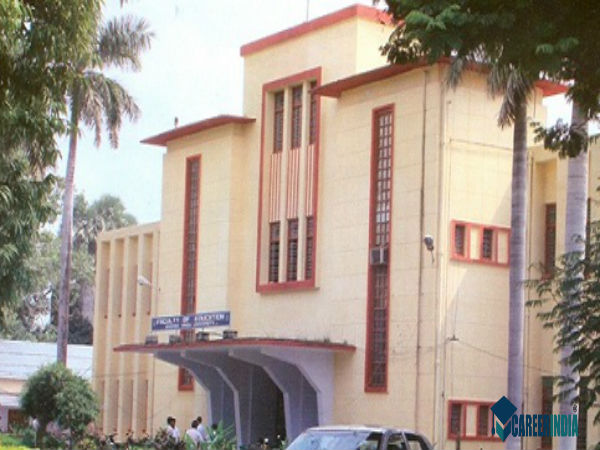 6. Faculty Of Education, Banaras Hindu University, Varanasi