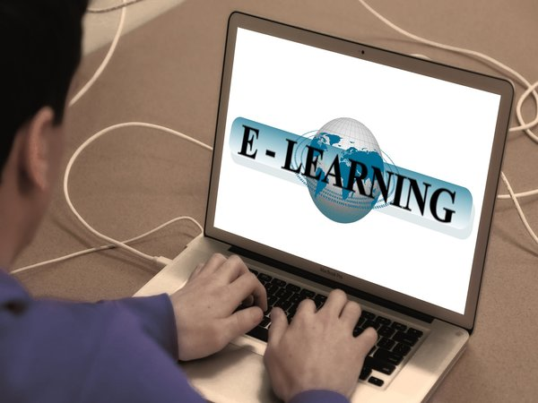 What Are The Advantages Of Opting For Online Learning