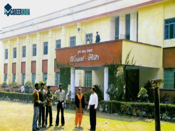 2-facultyofvisualartsbanarashinduuniversity-1522836906 Get Inspired For Visual Arts Colleges In Karnataka @koolgadgetz.com.info