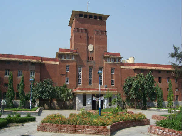 Delhi University Announced Sixth Cut-off