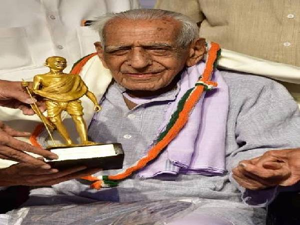 Freedom Fighter H S Doreswamy Passes Away At 103