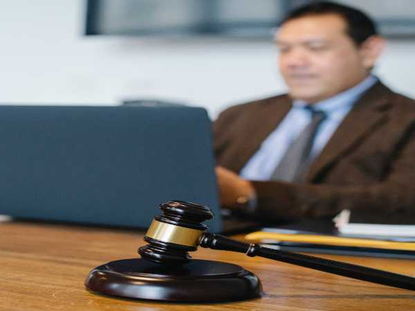 Corporate Law Career: Know Skills, Qualifications
