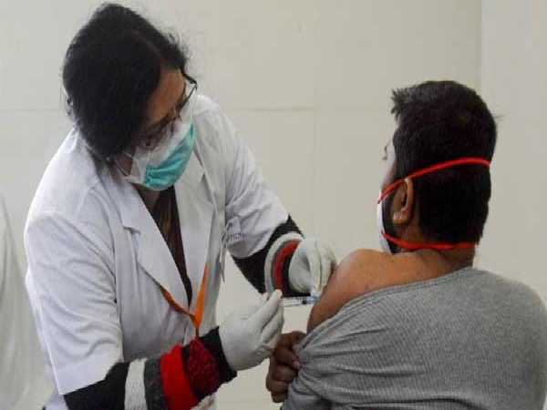 Karnataka: All Students Of Higher Education Institutes To Be Vaccinated By July 7