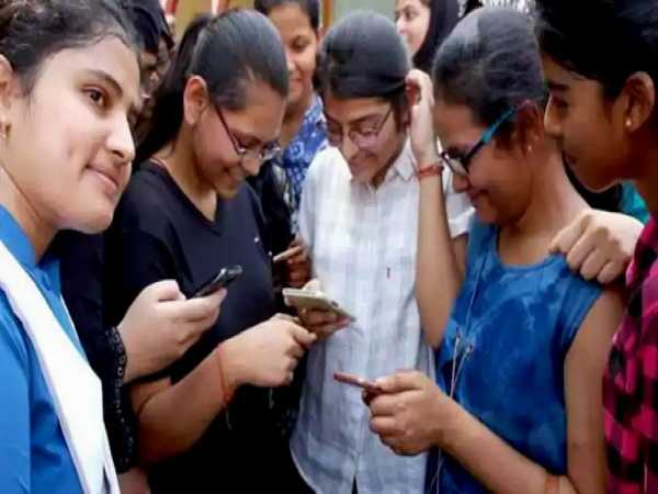Uttarakhand To Distribute Free Tablets To Students