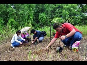 Program seeks students towards environment