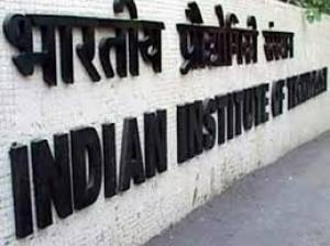 IITs refuse to increase intake in B.tech courses