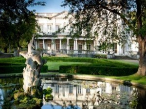 Study London Glion Institute Higher Education Offers Scholarships